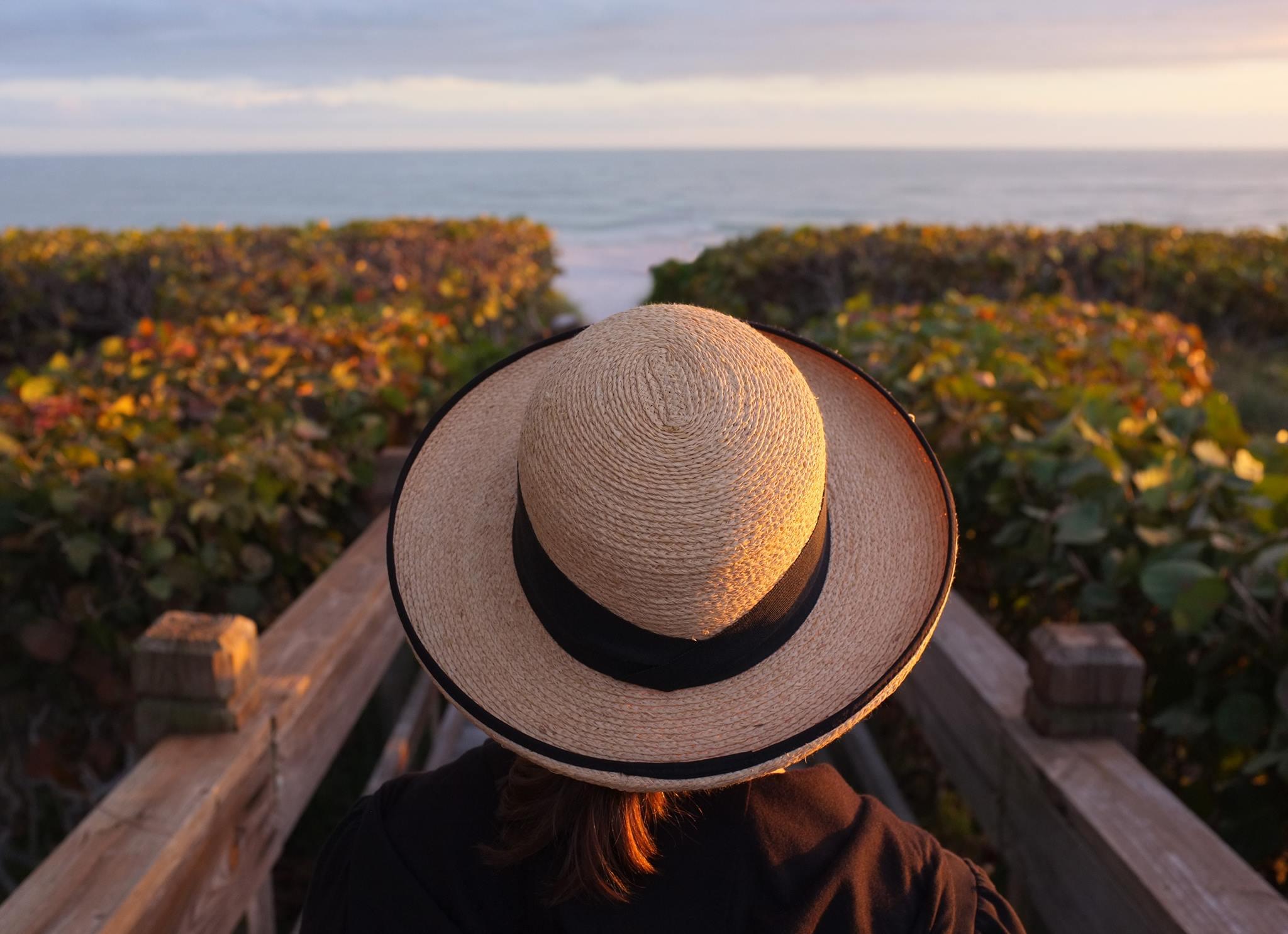 Susan-at-Sanibel-hat